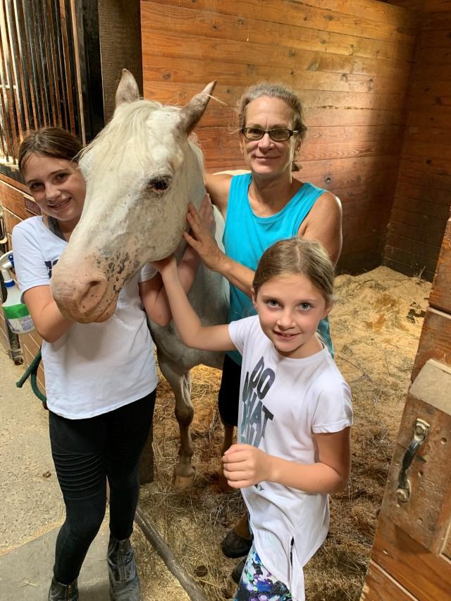 Beth, Ella and Preslie