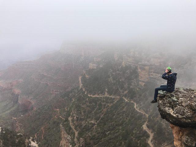 adventure-cliff-climb-668761